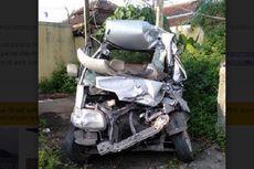 Tabrak Truk dari Belakang, Mobil Gran Max Hancur di Tol Bawen, Penumpang Tewas