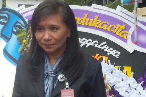 Siti Sapurah Tantang Balik Hotma Sitompoel