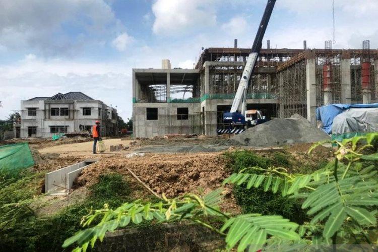Progres pembangunan Museum dan Galeri Seni SBY-Ani yang berlokasi di Jalan Lingkar Selatan (JLS), Ploso, Kabupaten Pacitan.