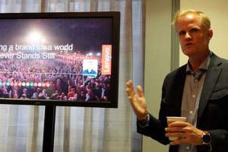 Quinn O'Brien, Vice President Worldwide Brand Lenovo, saat memberikan keterangannya di sela-sela ajang Tech World 2016, San Francisco, Kamis (9/6/2016)