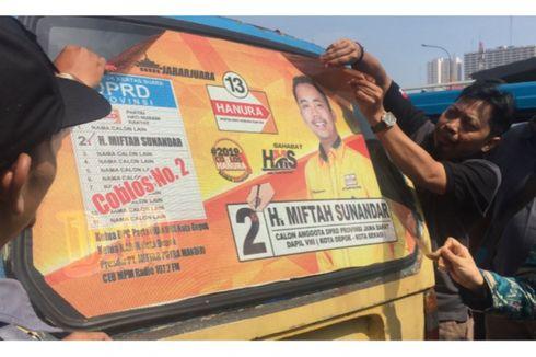 Bawaslu Depok Tertibkan Stiker Caleg yang Ditempel di Kaca Angkot