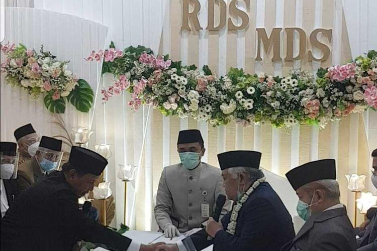Suasana pernikahan mantan Ketum PP Muhammadiyah Din Syamsudin dengan cucu pendiri Pondok Pesantren Gontor, Rasdha Diana, Minggu (3/1/2021)