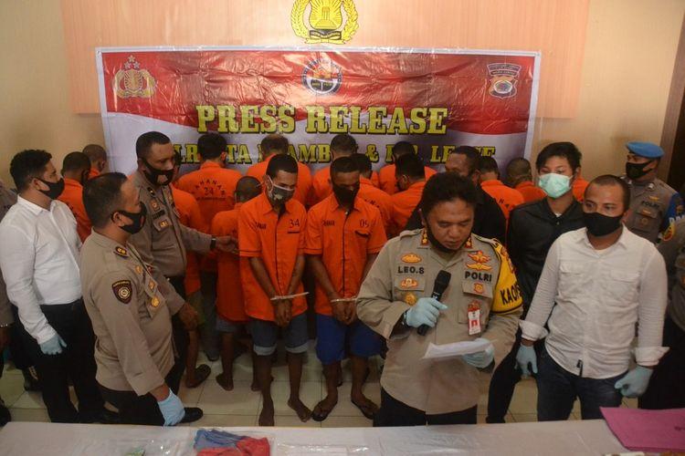 Kapolresta Pulau Ambon dan Pulau-Pulau Lease saat memberikan keterangan kepada wartawan di Kantor Polresta Pulau AMbon, Rabu (23/9/2020)