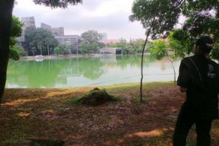 Danau Kenanga, tempat mayat yang ditemukan di danau UI, Depok, Jawa Barat. Kamis (26/3/2015)