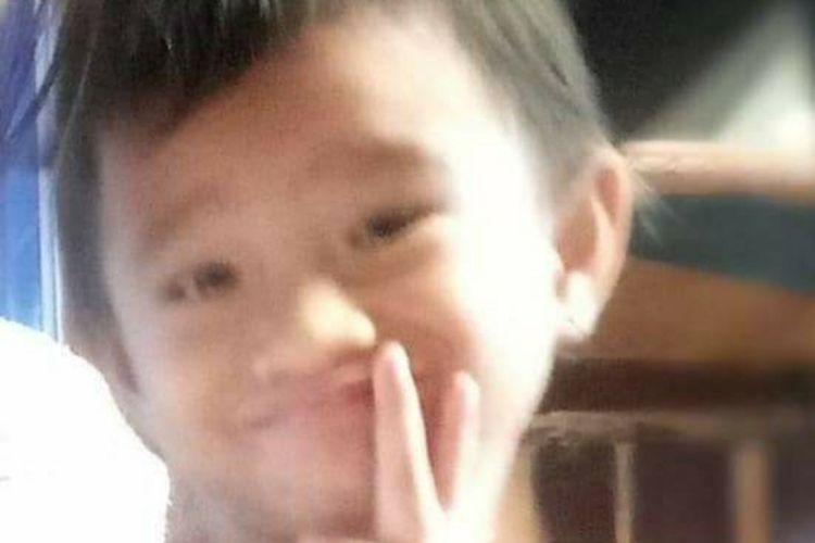 Foto Agnes Sofiani Wau (6), anak yang hilang di Bukit Jin, Kota Dumai, Riau, Minggu (18/7/2021).