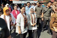 Belanja di Pasar Beringharjo, Iriana Jokowi Beli Kaos Motif Wayang untuk Jan Ethes