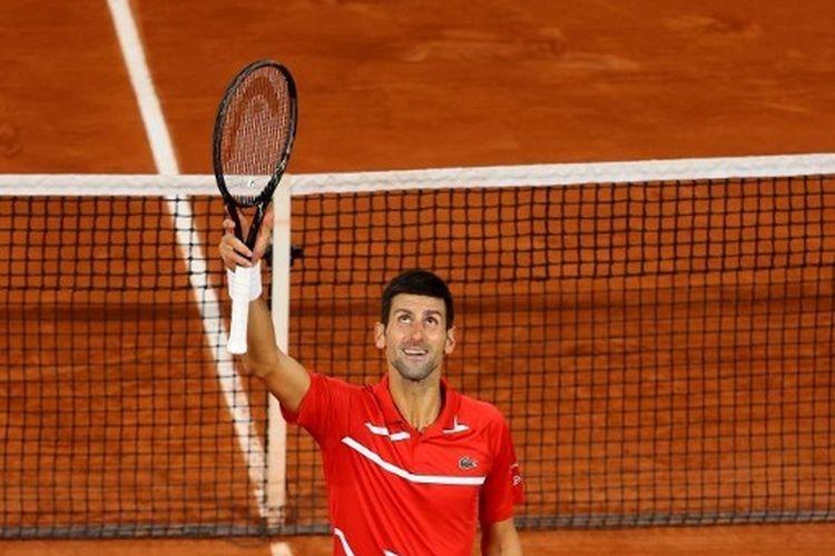 Petenis asal Serbia, Novak Djokovic, menantang Rafael Nadal dalam partai final French Open 2020.