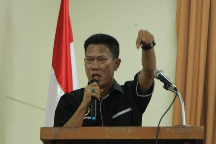 Ketua Presidium Jaringan Aktivis Reformasi Indonesia 98, Willy Prakarsa mengkhawatirkan adanya potensi ancaman delegitimasi kepada Polri yang dilakukan oleh oknum tertentu dengan memanfaatkan PA 212 di Solo kemarin.