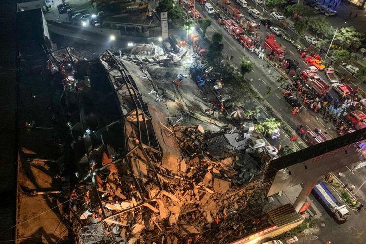 Xinjia Hotel Express runtuh pada Sabtu, (7/3/2020) waktu setempat.