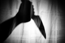 Ibu Rumah Tangga Ditikam 8 Kali oleh Orang Tak Dikenal