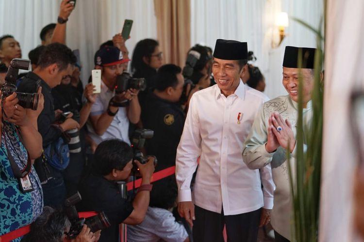 Presiden Joko Widodo menghadiri acara buka puasa bersama di Rumah Dinas Ketua DPR Bambang Soesatyo, Kompleks Widya Chandra, Jakarta Selatan, Senin (13/5/2019).