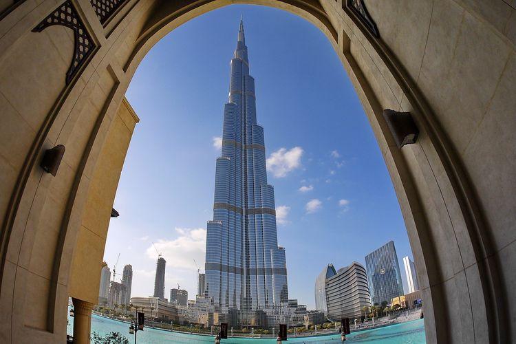 Ilustración de los Emiratos Árabes Unidos - Burj Khalifa en Dubai (por Pixabe / Hans-Jurgen Schmidt).