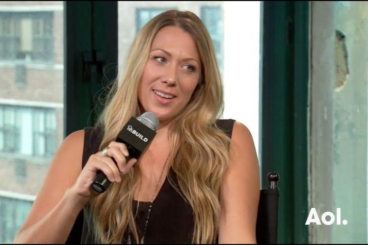 Colbie Caillat melakukan interview degan Build Series mengenai album The Malibu Sessions.