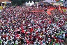 Gunakan Jip, Jokowi Temui Ribuan Pendukungnya di Purwokerto