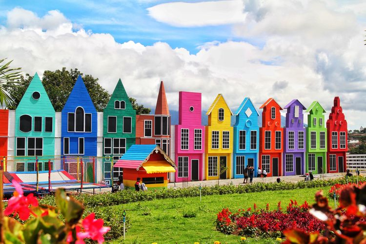 Florawisata San Terra de Lafonte, Wisata Keluarga Terbaru di Malang