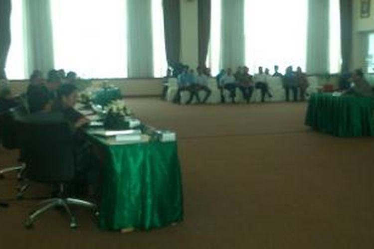 Wawancara Calon Hakim Agung di Gedung Komisi Yudisial Jakarta, Rabu (24/7/2013).