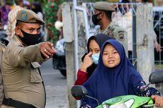 Tak Gunakan Masker, Warga di Bogor Dihukum Sapu Jalanan