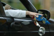 Siap-siap Denda Bila Buang Sampah Sembarangan saat Berkendara