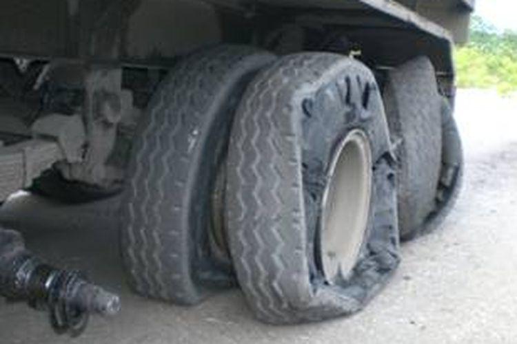 Kerusakan ban truk run flat