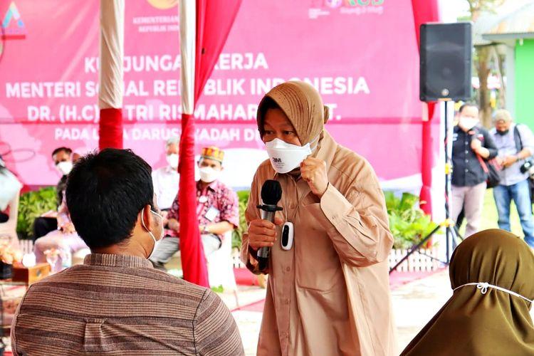 Menteri Sosial (Mensos) Tri Rismaharini saat melakukan kunjungan kerja ke Provinsi Aceh, Kamis (2/9/2021).
