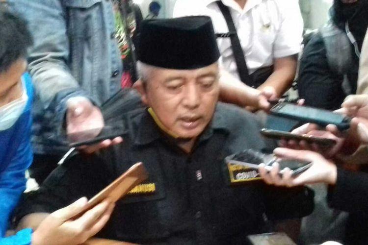 Bupati Malang, Sanusi usai rapat koordinasi bersama Gubernur Jawa Timur terkait PSBB di Bakorwil III Malangg, Rabu (13/5/2020) malam