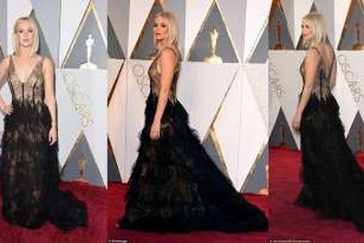 Penampilan Jennifer Lawrence di perhelatan karpet merah Oscar 2016