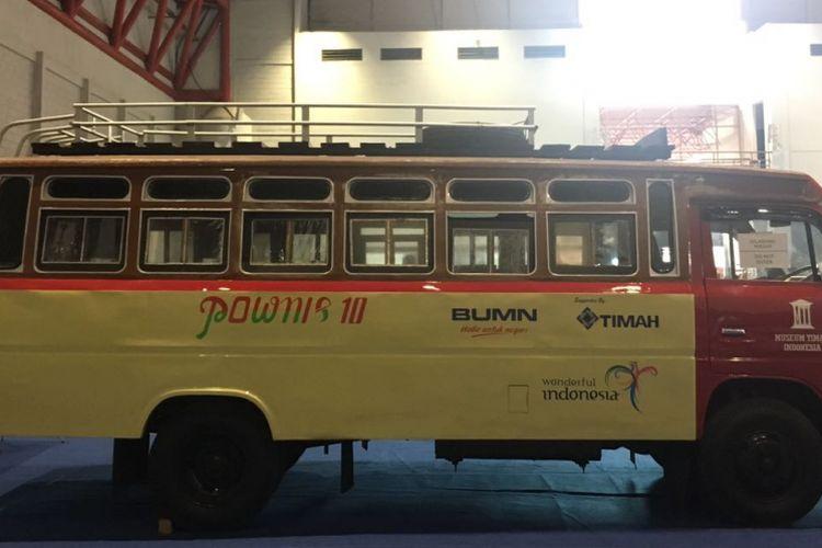 Pownis beroperasi pada era 1970-an, 1980-an, sampai 1990-an dengan rute Pangkalpinang-Sungailiat. Pownis dipamerkan pada InCUBUS 2017 di JIExpo Kemayoran, Jakarta Utara, 29 Maret-2 April 2017.