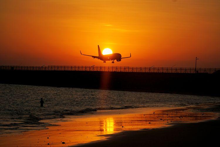 Sunset di Bandara Ngurah Rai