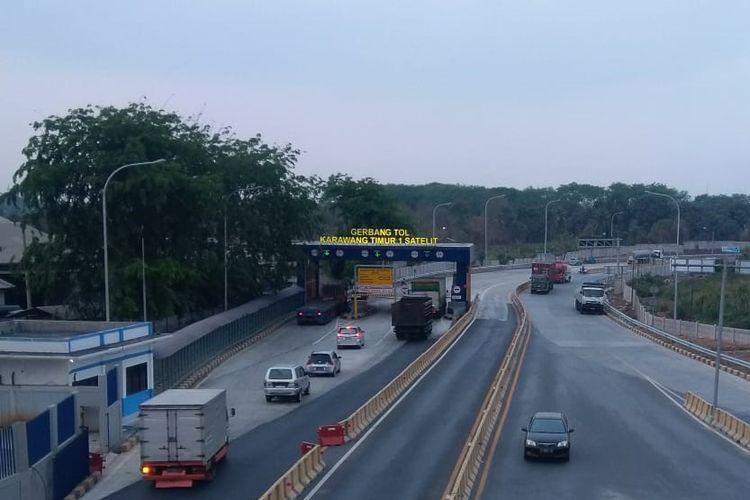 Gerbang Tol Karawang Timur 1