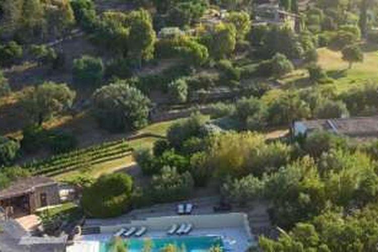 Desa milik Johnny Depp