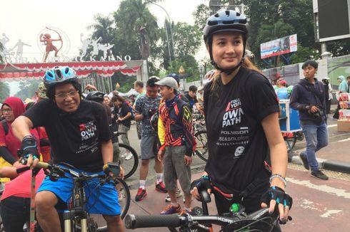 Nadine Chandrawinata Kampanyekan #BebasButaHuruf