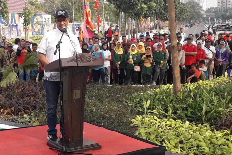 Gubernur DKI Jakarta Anies Baswedan memberikan sambutan dalam sebuah kegiatan di kawasan Kemayoran, Jakarta Pusat, Sabtu (21/7/2018).