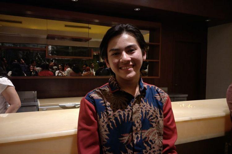 Rey Bong usai menonton film Akhir Kisah Cinta Si Doel di XXI Epicentrum, Jakarta Selatan, Kamis (23/1/2020).