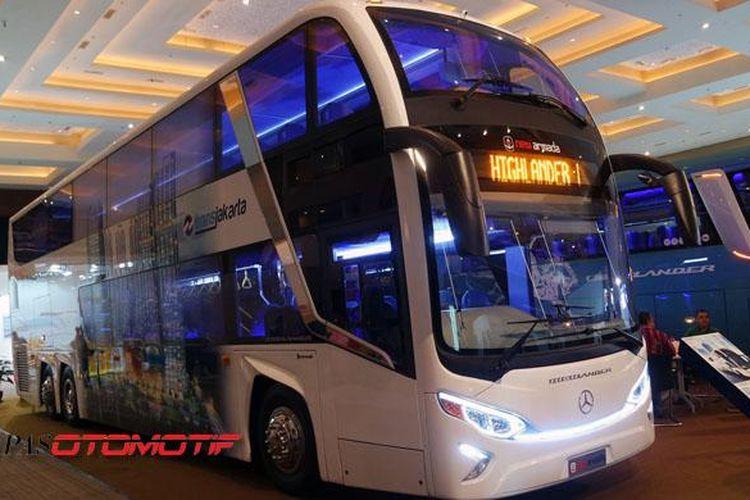Salah satu dari 8 unit bus tingkat New Armada Highlander pesanan Agung Sedayu Group untuk Transjakarta.