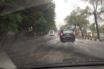 Jatim Banjir, Waspada 3 Hari Mendatang Masih Berpotensi Hujan
