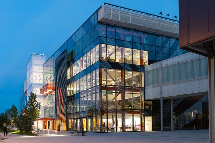 Kampus Loughborough University di London, Inggris.