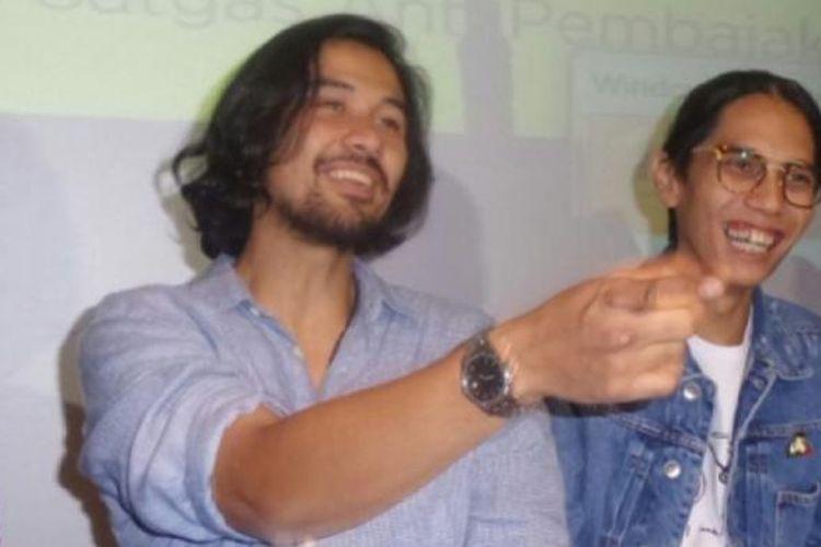 Chicco Jerikho dan Angga Dwimas hadir dalam acara peluncuran iklan anti-pembajakan film XXI Lounge Kota Kasablanka, Jakarta Selatan, Selasa (14/3/2017).