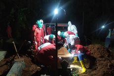 Relawan PMI Gunungkidul Hampir Setiap Hari Makamkan Korban Covid-19