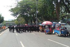 Sehari Jelang Pelantikan Presiden, Jalan Depan Gedung DPR Ditutup