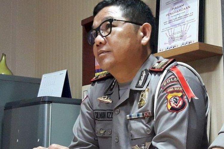 Kapolsek Pasirwangi AKP Sulman Aziz mencabut keterangannya yang menyebut Kapolres Garut perintahkan untuk memenangkan Jokowi-Maruf, di Mapolda Metro Jabar, Senin (1/4/2019).