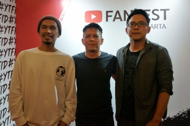 Lukman (kiri), Ariel (tengah), dan David (kanan) saat ditemui di acara YouTube Fanfest, JIExpo Kemayoran, Jakarta Pusat, Jumat (29/11/2019).