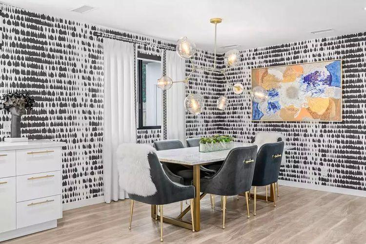 Ilustrasi ruang makan dengan desain wallpaper elegan.