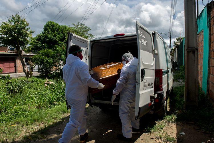 SOS Funeral Manaus, Brazil. Lembaga nirlaba yang menyediakan layanan pemakaman gratis.
