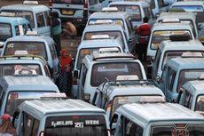 Jokowi Tak Mau Buru-buru Naikkan Tarif Angkutan di Jakarta