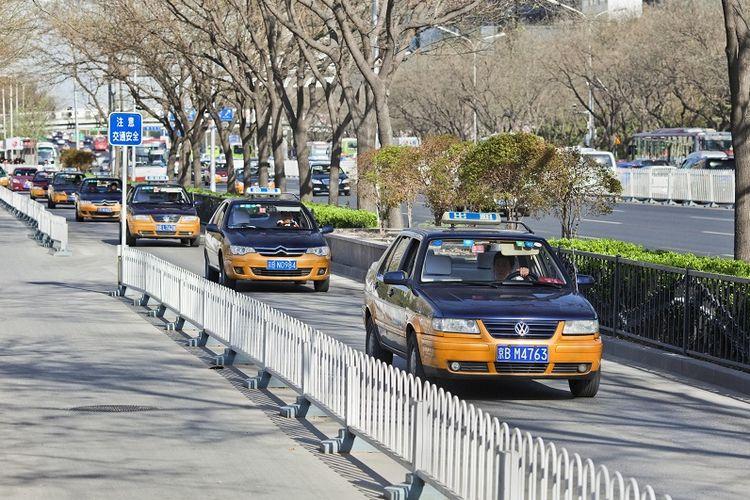 Taksi di kota Beijing.