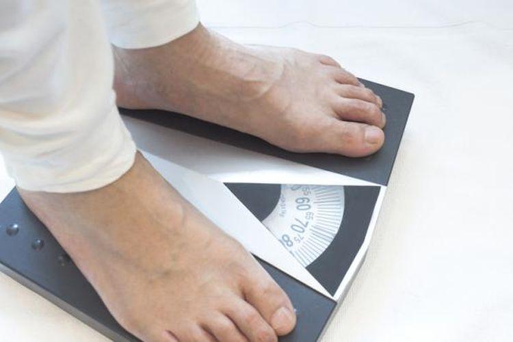 Menurunkan berat badan bisa dilakukan lebih mudah di bawah pengawasan medis. Berat badan pun jadi lebih stabil, tidak naik turun.
