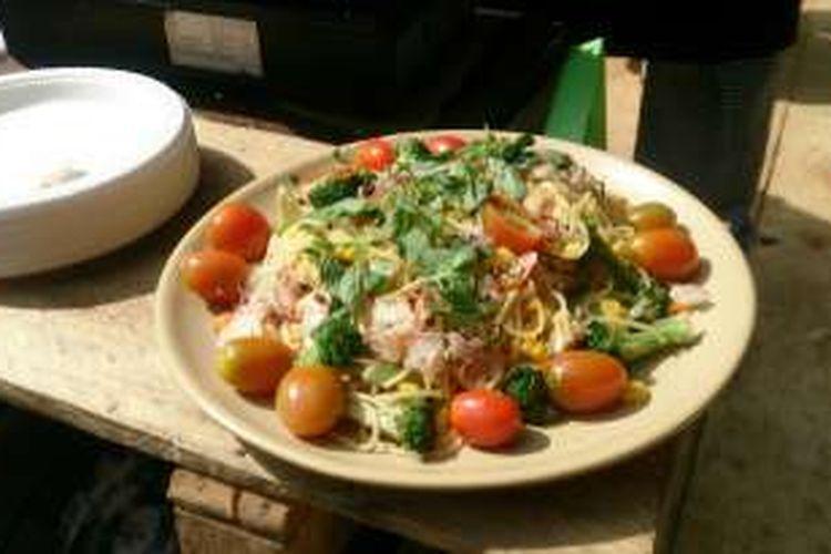 Hasil masakan Chef Suryono di acara Eco Music Camp, spagheti organik.
