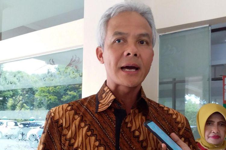 Gubernur Jawa Tengah Ganjar Pranowo saat ditemui awak media di Semarang, Jumat (1/11/2019)