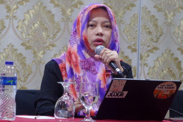 Direktur Eksekutif Perludem, Titi Anggraini dalam diskusi di Jakarta, Minggu (2/4/2017).