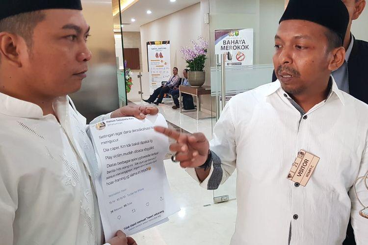 Relawan Jokowi-Maruf Amin laporkan Hanum Rais ke Bareskrim Polri dengan tuduhan menyebarkan berita hoaks soal penusukan Menko Polhukam Wiranto ke Bareskrim Polri, Jumat (11/10/2019).